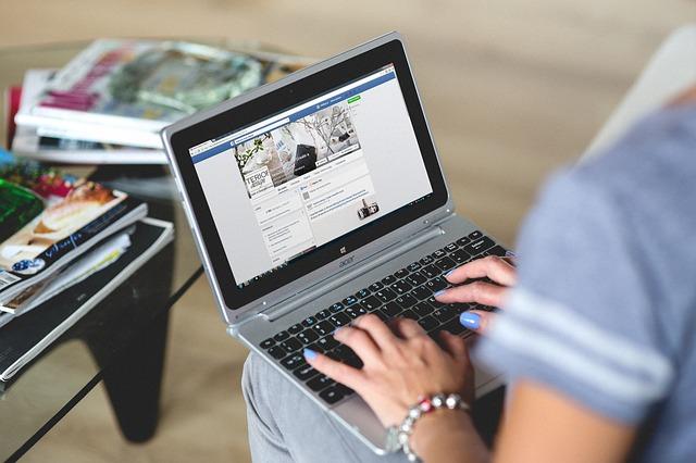 disadvantages of social media marketing